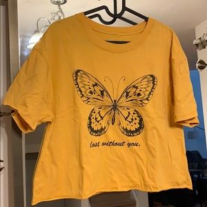 XL Golden yellow graphic cropped tee
